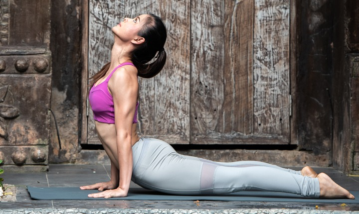 8 Powerful Yoga Workouts for Getting Toned Abs