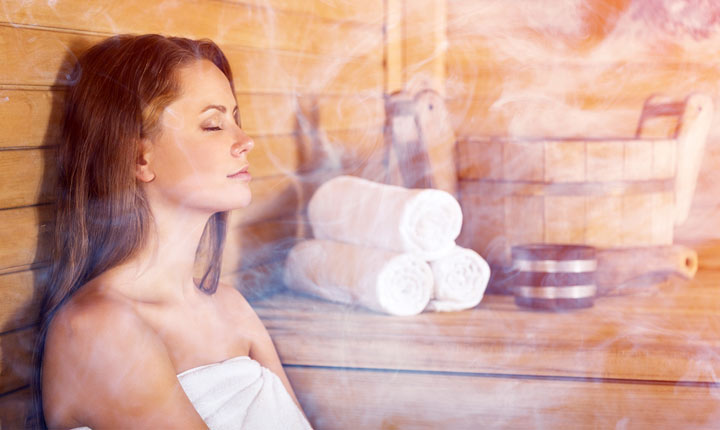 6 Insanely Healthy Benefits of Steam Bath After Workout